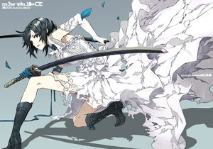 Rating: Safe Score: 283 Tags: black_eyes black_hair dogs:_bullets_&_carnage dress flowers fuyumine_naoto gloves katana miwa_shirow petals ribbons rose short_hair sword weapon User: Maboroshi