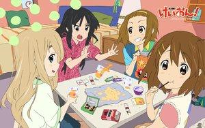 Rating: Safe Score: 27 Tags: akiyama_mio food hirasawa_yui k-on! kotobuki_tsumugi pocky tainaka_ritsu User: HawthorneKitty