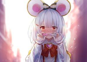 Rating: Safe Score: 45 Tags: animal_ears blush bow granblue_fantasy headband heart hika_(cross-angel) mousegirl red_eyes tears vikala_(granblue_fantasy) white_hair User: mattiasc02
