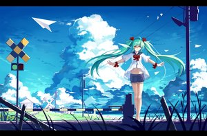 Rating: Safe Score: 59 Tags: animal aqua_hair bird bow clouds haraguroi_you hatsune_miku long_hair ribbons shorts sky twintails vocaloid wristwear User: Flandre93