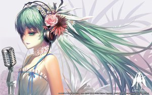 Rating: Safe Score: 192 Tags: alphonse aqua_eyes aqua_hair flowers hatsune_miku headphones long_hair microphone twintails vocaloid User: HawthorneKitty