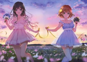 Rating: Safe Score: 90 Tags: 2girls adagaki_aki blue_eyes braids breasts brown_hair cleavage clouds dress flowers koiwai_yoshino long_hair masamune-kun_no_revenge orange_eyes orange_hair ribbons scan see_through short_hair sky sunset thighhighs tiv User: gnarf1975
