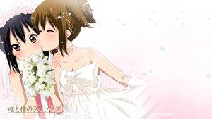 Rating: Safe Score: 316 Tags: black_hair blush bow brown_eyes brown_hair choker flowers gloves hat hirasawa_yui kiss k-on! nakano_azusa rose shoujo_ai third-party_edit wedding_attire white User: Iceylemoan