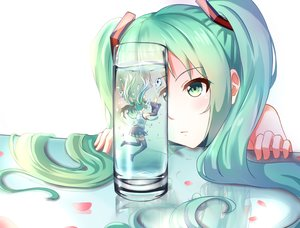 Rating: Safe Score: 159 Tags: aqua_hair boots breeze drink green_eyes green_hair hatsune_miku long_hair petals skirt thighhighs twintails underwater vocaloid water zettai_ryouiki User: mattiasc02
