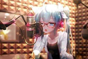 Rating: Safe Score: 201 Tags: aqua_eyes aqua_hair glasses hatsune_miku headphones long_hair microphone ribbons sen_ya twintails vocaloid wink User: Flandre93