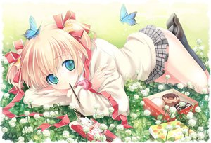 Rating: Safe Score: 184 Tags: blonde_hair blue_eyes blush butterfly flowers food green_eyes kamikita_komari kimishima_ao little_busters! pocky ribbons short_hair skirt stars twintails User: Tensa