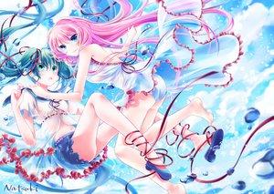 Rating: Safe Score: 32 Tags: 2girls hatsune_miku long_hair megurine_luka natsuki_(summer_treee) signed twintails underwater vocaloid water User: luckyluna