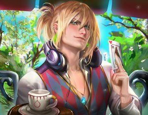 Rating: Safe Score: 23 Tags: all_male blonde_hair blue_eyes drink headphones howl howls_moving_castle male necklace sakimichan User: mattiasc02