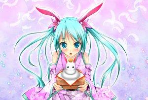 Rating: Safe Score: 61 Tags: aqua_eyes aqua_hair bunny_ears bunnygirl feathers hatsune_miku japanese_clothes twintails vocaloid yunyun_(riopara360) User: HawthorneKitty