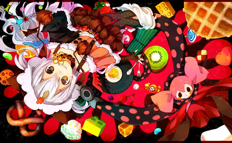 44sann bicolored_eyes charlotte_(mahou_shoujo_madoka_magica) dress fang gloves hat mahou_shoujo_madoka_magica momoe_nagisa pantyhose white_hair