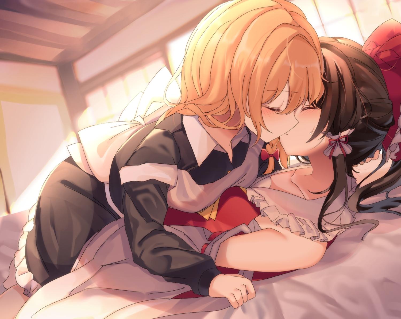 2girls bed blonde_hair blush brown_hair hakurei_reimu japanese_clothes kirisame_marisa kiss kozomedzuki long_hair miko ponytail shoujo_ai touhou