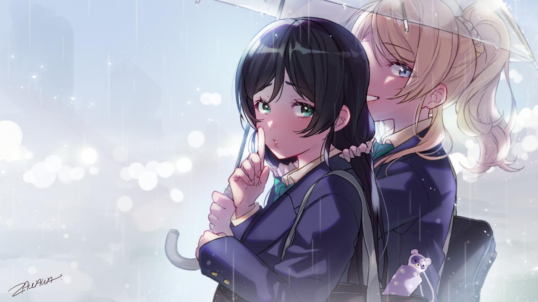 2girls ayase_eri black_hair blonde_hair blue_eyes green_eyes long_hair love_live!_school_idol_project ponytail rain school_uniform toujou_nozomi umbrella water zawawa_(satoukibi1108)